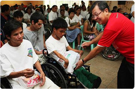 PAGCOR's 25 days of gift-giving activity kicks off in Tahanang Walang Hagdanan