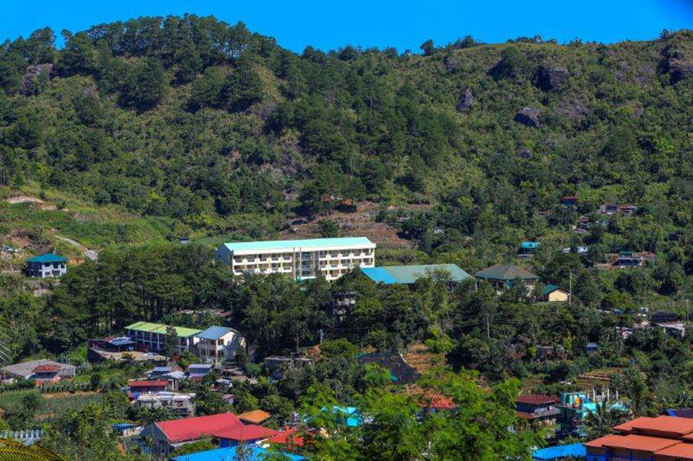 Four schools in Benguet get 72 PAGCOR classrooms prior to school opening
