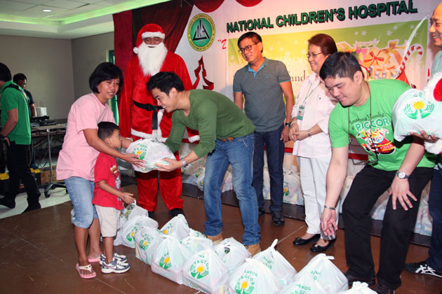 PAGCOR brings hope to indigent children at NCH and scholars of AFP