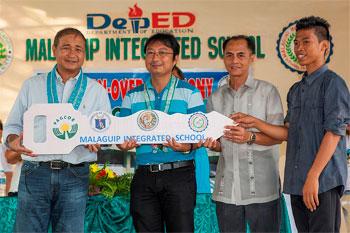 PPAGCOR  donates  15 classrooms to two public schools in Ilocos Norte