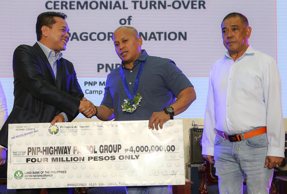 PAGCOR grants P9 million financial aid to PNP