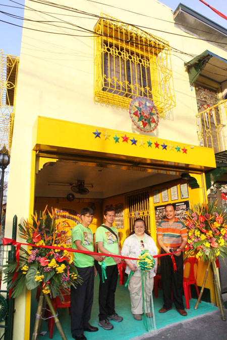 Pamaskong Handog 2012 - Day 20 (PAGCOR reaches out to people with disabilities on the 10TH day of its Christmas gift-giving project)