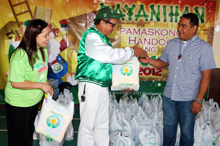 Pamaskong Handog 2012 - Day 20 (PAGCOR shares Christmas joy to persons with physical and mental disabilities in Cavite and juvenile delinquents in Laguna)