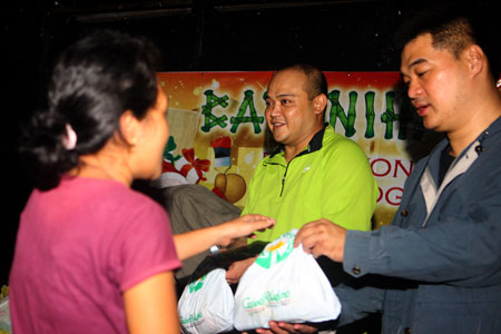Pamaskong Handog 2012 - Day 20 (PAGCOR provides swift aid to victims of typhoon  'PABLO' in Iligan)