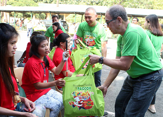 Handicapped, Persons with Intellectual Disability and child laborers get early Christmas gifts from PAGCOR